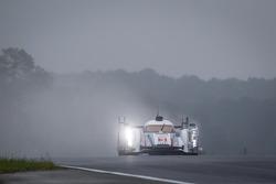 #3 Audi Sport Team Joest Audi R18 e-tron quattro: Lucas di Grassi