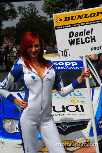 Welch Motorsport Grid Girl