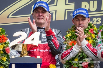LMP1 podium: Tom Kristensen with Dr. Wolfgang Ullrich