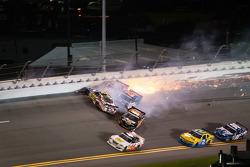 Travis Pastrana crashes with Jason White, Robert Richardson and Jamie Dick