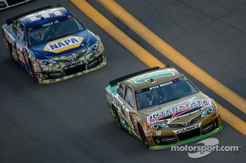 Kyle Busch, Joe Gibbs Racing Toyota and Martin Truex Jr., Michael Waltrip Racing Toyota