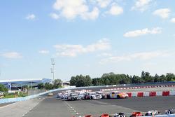 Sunday Open race action
