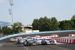 Saturday Open race final restart