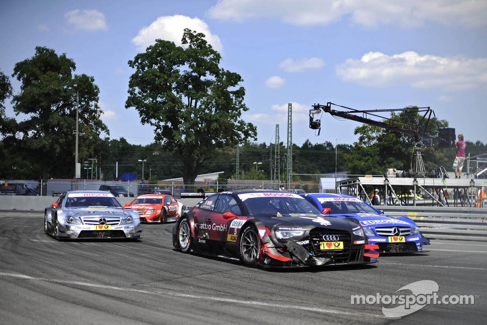 Edoardo Mortara, Audi Sport Team Rosberg Audi RS 5 DTM and Gary Paffett, Mercedes AMG DTM-Team HWA DTM Mercedes AMG C-Coupe