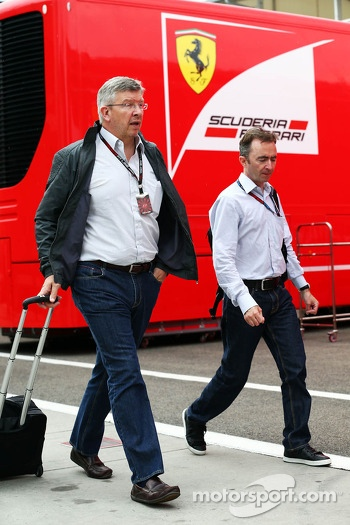 (L to R): Ross Brawn, Mercedes AMG F1 Team Principal with Paddy Lowe, Mercedes AMG F1 Executive Director