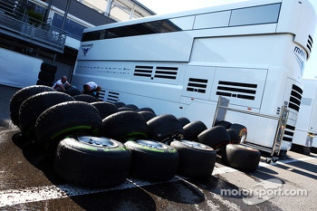 Pirelli tyres washed by the Marussia F1 Team