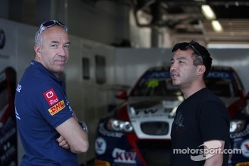 Tom Coronel, BMW E90 320 TC, ROAL Motorsport  and Darryl O'Young, BMW E90 320 TC, ROAL Motorsport