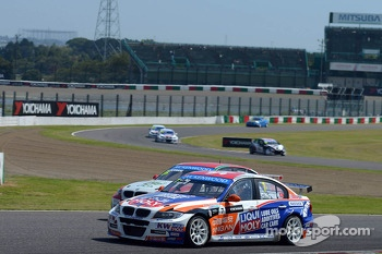 Charles Ng, BMW E90 320 TC, Liqui Moly Team Engstler and Mehdi Bennani, BMW E90 320 TC, Proteam Racing