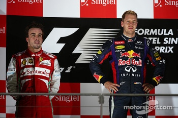 Fernando Alonso, Ferrari F138 and Sebastian Vettel, Red Bull Racing