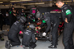#35 OAK Racing Morgan - Nissan: Bertrand Baguette, Ricardo Gonzalez, Martin Plowman in the pits after contact