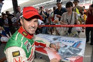 Autograph session, Tiago Monteiro, Honda Civic Super 2000 TC, Honda Racing Team Jas