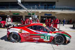 Pit stop for #51 AF Corse Ferrari 458 Italia: Gianmaria Bruni, Giancarlo Fisichella