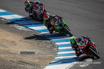 Eugene Laverty takes over the lead