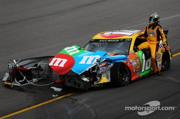 Kyle Busch in trouble