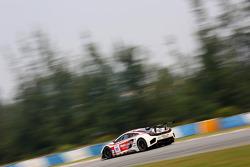 #91 AAI- Rstrada McLaren MP4-12C GT3: Takeshi Tsuchiya, Jun San Chen, Tatsuya Tanigawa