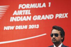 Sameer Gaur, Jaypee Group Managing Director on the podium