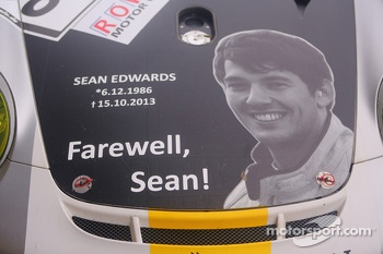 Tribute to Sean Edwards on one of the Black Falcon cars