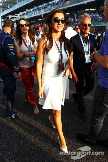 Fabiana Flosi, on the grid