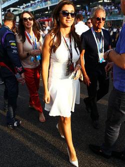 Fabiana Flosi, on the grid