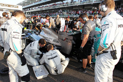 The Mercedes AMG F1 W04 of Lewis Hamilton, Mercedes AMG F1 receives attention on the grid