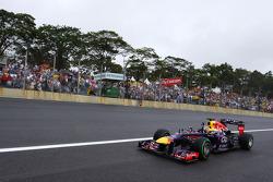 Sebastian Vettel, Red Bull Racing RB9 celebrates his pole position