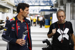 (L to R): Mark Webber, Red Bull Racing with Mark Thompson, Getty Images Photographer
