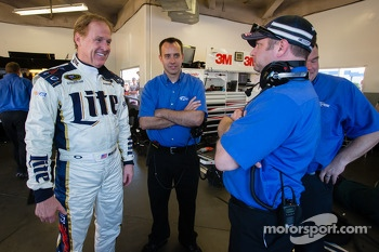 Rusty Wallace after his demo run with the #2 Team Penske Ford