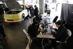 Turner Motorsports crew