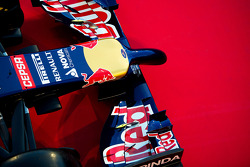 The Scuderia Toro Rosso STR9 nosecone and front wing