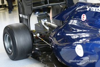 Valtteri Bottas, Williams FW36 rear suspension detail