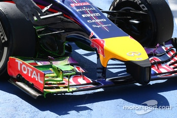 Flow-vis paint on the Red Bull Racing RB10 front wing