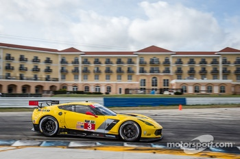 #3 Corvette Racing Chevrolet Corvette C7.R: Jan Magnussen, Antonio Garcia