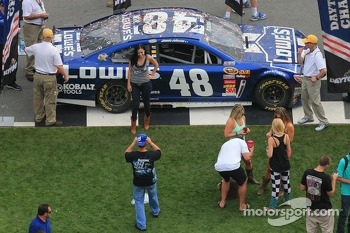 Fans with the 2013 winning car