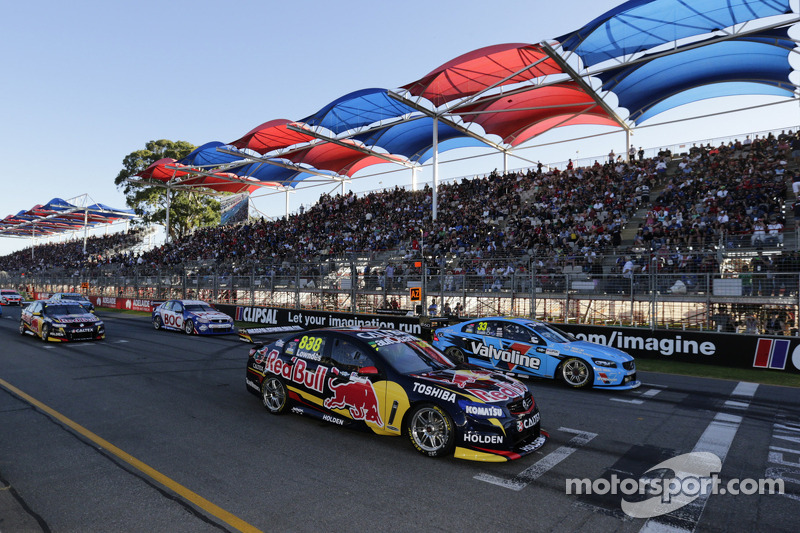 Start: Craig Lowndes, Red Bull Holden