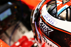 Max Chilton, Marussia F1 Team MR03 with a tribute to flight MH370 on his helmet