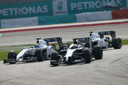 Kevin Magnussen, McLaren MP4-29 leads Felipe Massa, Williams FW36