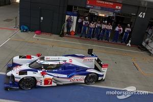 #7 Toyota Racing Toyota TS040-Hybrid: Alexander Wurz, Stéphane Sarrazin, Kazuki Nakajima