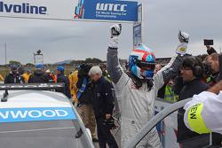 Yvan Muller, Citroën C-Elysee WTCC, Citroën Total WTCC race winner