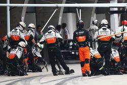 Sahara Force India F1 Team make a pit stop