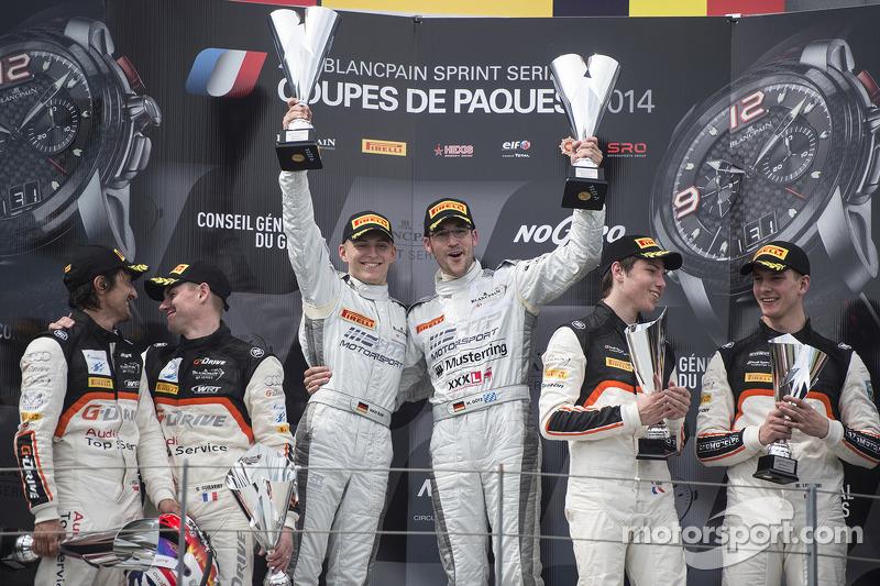 Podium: race winners Maximilian Götz, Maximilian Buhk, second place Stéphane Ortelli, Grégory Guilvert, third place Mateusz Lisowski, Vincent Abril