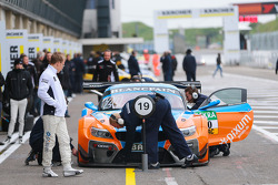 PIXUM Team Schubert BMW Z4 GT3