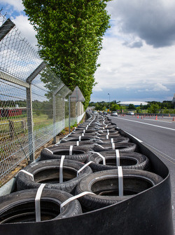 New configuration at Tertre Rouge where Allan Simonsen crashed in 2013: new tire wall, repositioned armco barrier and new surface