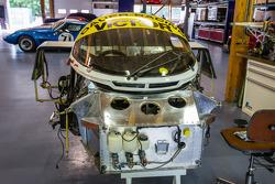 Visit of Courage Compétition: a Porsche 962 in restoration