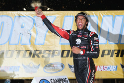 Race winner Darrell Wallace Jr.