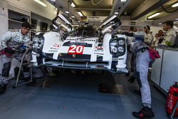 Porsche Team  members work on the #20 Porsche Team Porsche 919 Hybrid