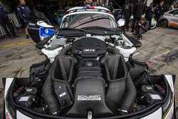 #19 Schubert Motorsport BMW Z4 GT3 engine