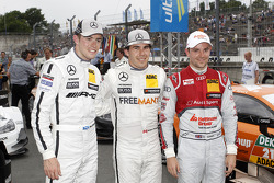 Qualifying, 2nd Paul Di Resta, Mercedes AMG DTM-Team HWA DTM Mercedes AMG C-Coupé, 1st Robert Wickens, Mercedes AMG DTM-Team HWA DTM Mercedes AMG C-Coupé