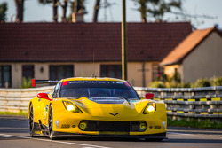 LEMANS: #74 Corvette Racing Chevrolet Corvette C7: Oliver Gavin, Tommy Milner, Richard Westbrook