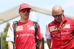 (L to R): Kimi Raikkonen, Ferrari with Mark Arnall, Personal Trainer