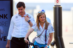 F1: Susie Wolff, Williams Development Driver with her husband Toto Wolff, Mercedes AMG F1 Shareholder and Executive Director